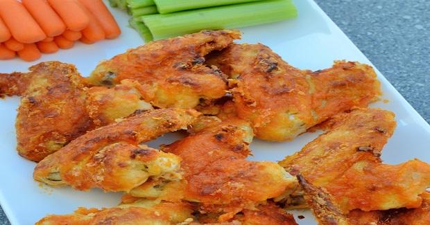 Crispy Baked Garlic Buffalo Wings Recipe