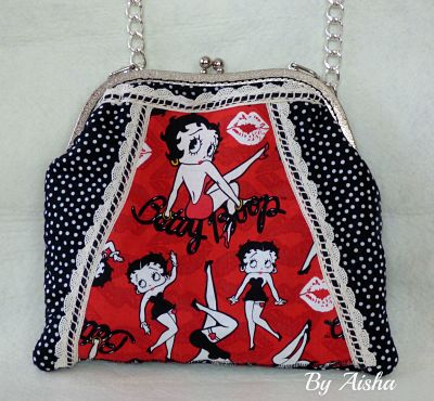 bolso de boquilla hecho a mano de Betty Boop