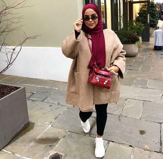 Inspirasi Model Baju Hijab Untuk Anda Yang Berbadan Gemuk dan Pendek
