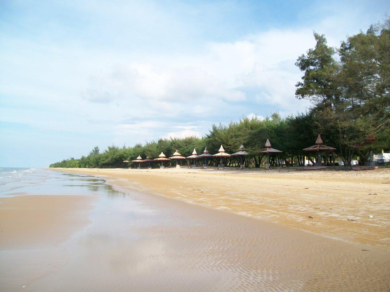 Pantai Lombang wisata sumenep