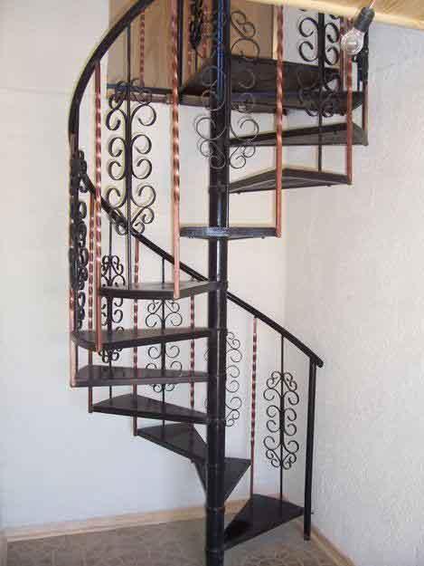 Cerrajeria el goloso escalera en caracol con dibujos de - Escaleras de hierro forjado ...