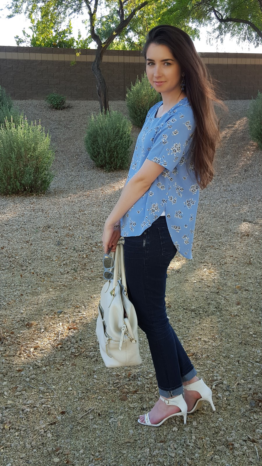 easy Spring outfit- short sleeve floral top, jeans, and sandals