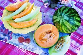 Bolehkah Ibu Hamil Makan Semangka Kuning