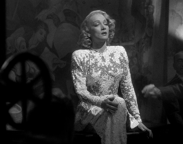 Cinema Style Marlene Dietrich Is A Master Of Illusion In