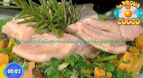 Trota salmonata alle erbe con insalata ricca ricetta Bertol da Prova del Cuoco