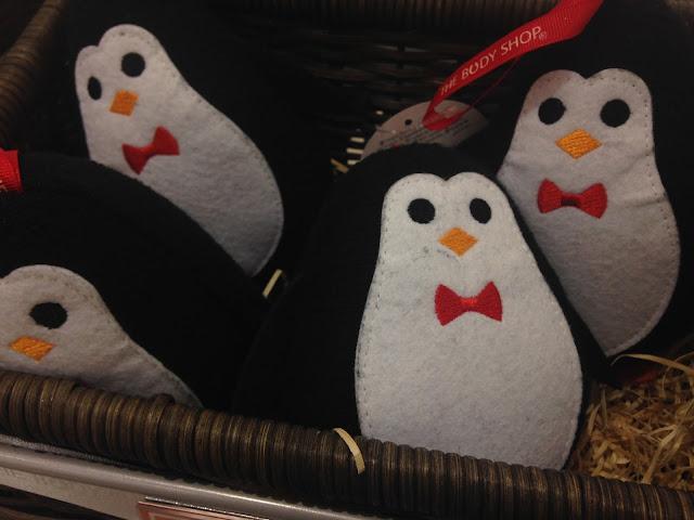 perry penguin bath sponge, The Body Shop