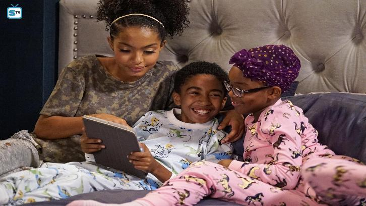 Black-ish - Episode  3.04 - Who's Afraid of the Big Black Man? - Promotional Photos & Press Release