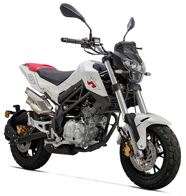 Benelli TNT 135 mini sport bike