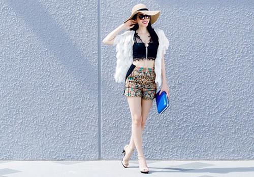 Cách chọn áo croptop ren 2 dây đẹp như Sao Việt