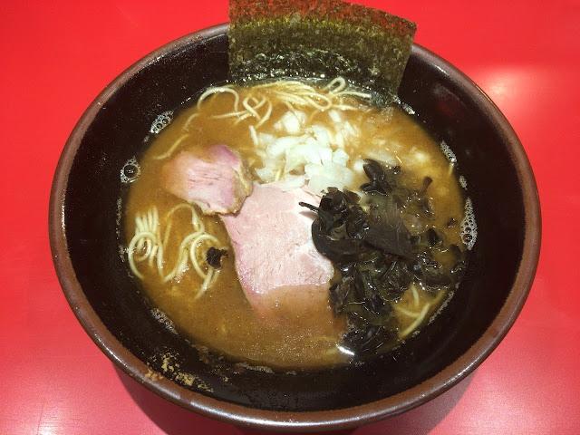 成増 小太郎 とんこつ醤油ラーメン