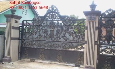 pintu gerbangbesi tempa untuk rumah klasik