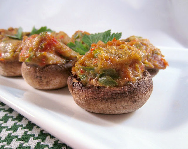 Italian Chicken Sausage Stuffed Mushrooms
