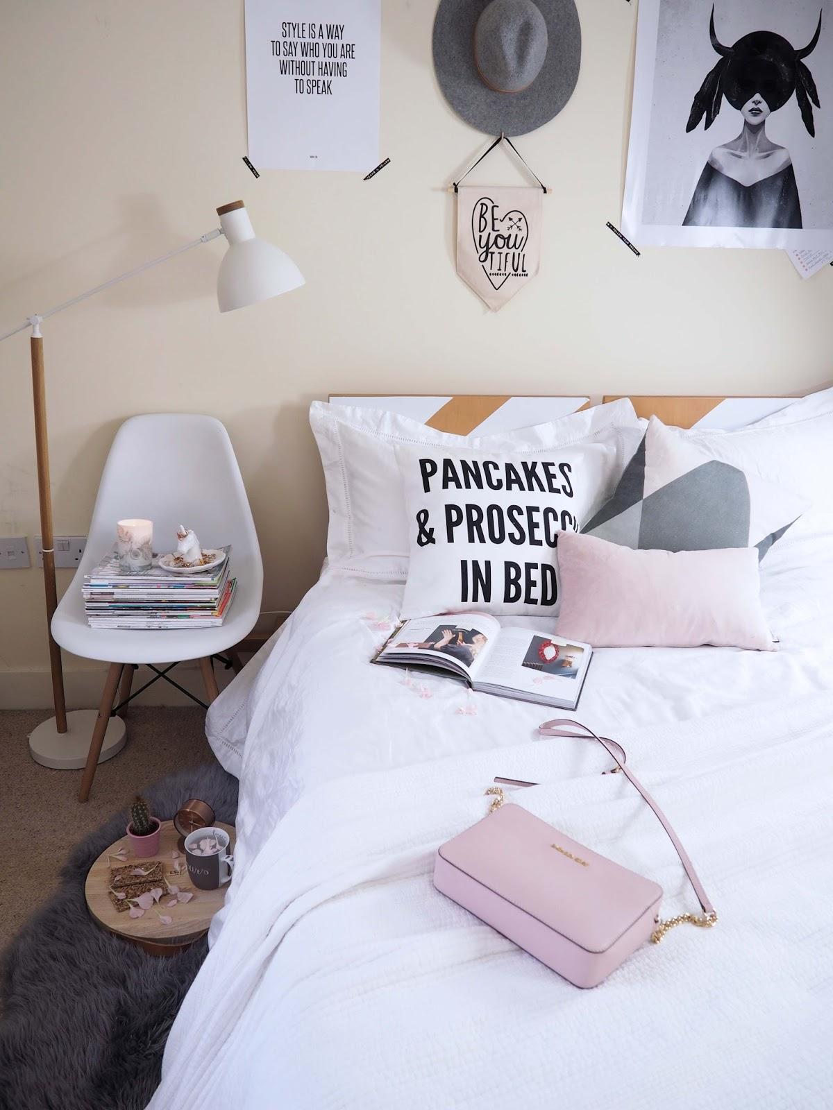 white bedroom boho style