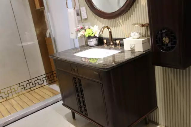 """浪鯨衛浴的""""輕中式""""浴室櫃"""