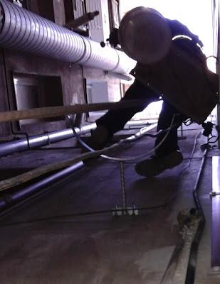 sustitución de un tubo viejo de chapa galvanizada