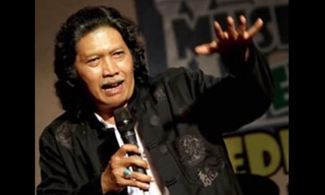 Cak Nun: Yang Berkuasa Bukan Jokowi, Bukan Megawati, Indonesia Akan Jadi Jongos Total Pada 2024