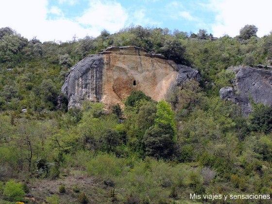 Cueva de las Gobas, Laño, Condado de Treviño