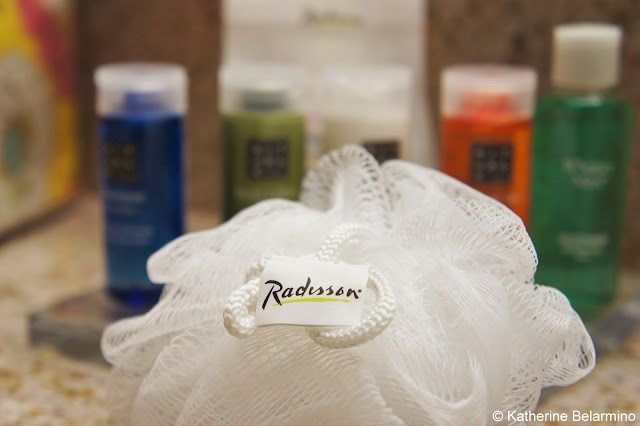 Radisson Santa Maria Bathroom Amenities
