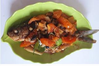 Tutorial Membuat Ikan Mas Sambal Tomat Yang Lezat