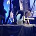 Dave Grohl quase quebra a perna de novo em show do Foo Fighters; assista