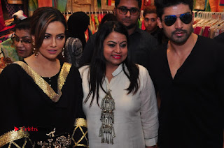 Bollywood Actress Sana Khan Launches Aakrithi Exibition  0311.JPG