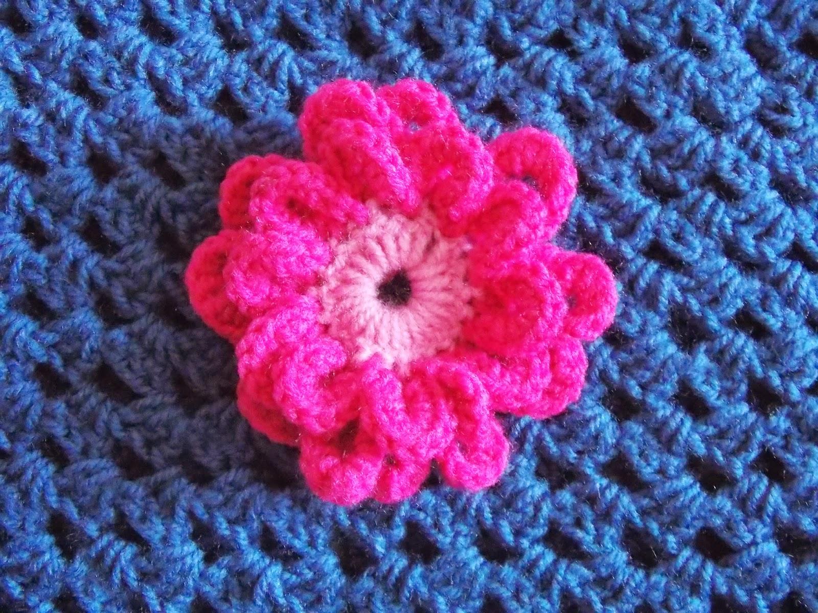bloem broche haken
