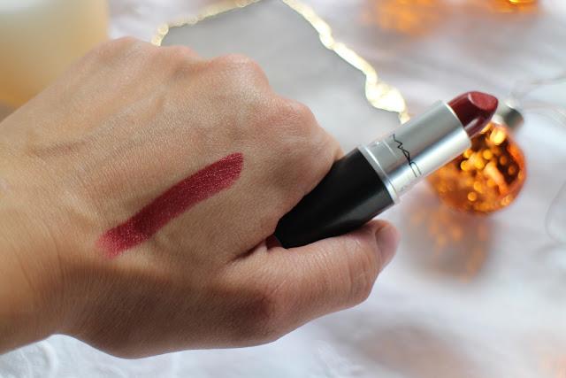 MAC lipstick, MAC review, Best mac lipstick, autumn dark lip, mac cremesheen, mac dare you lipstick review, mac review, halloween makeup