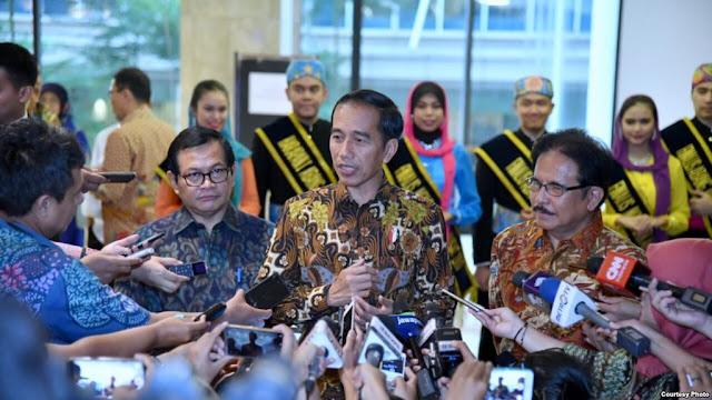 Jokowi Tetap Dukung Susi Tenggelamkan Kapal Asing Pencuri Ikan
