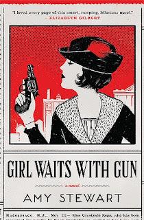 Portada de la edición original de la novela Una chica con pistola