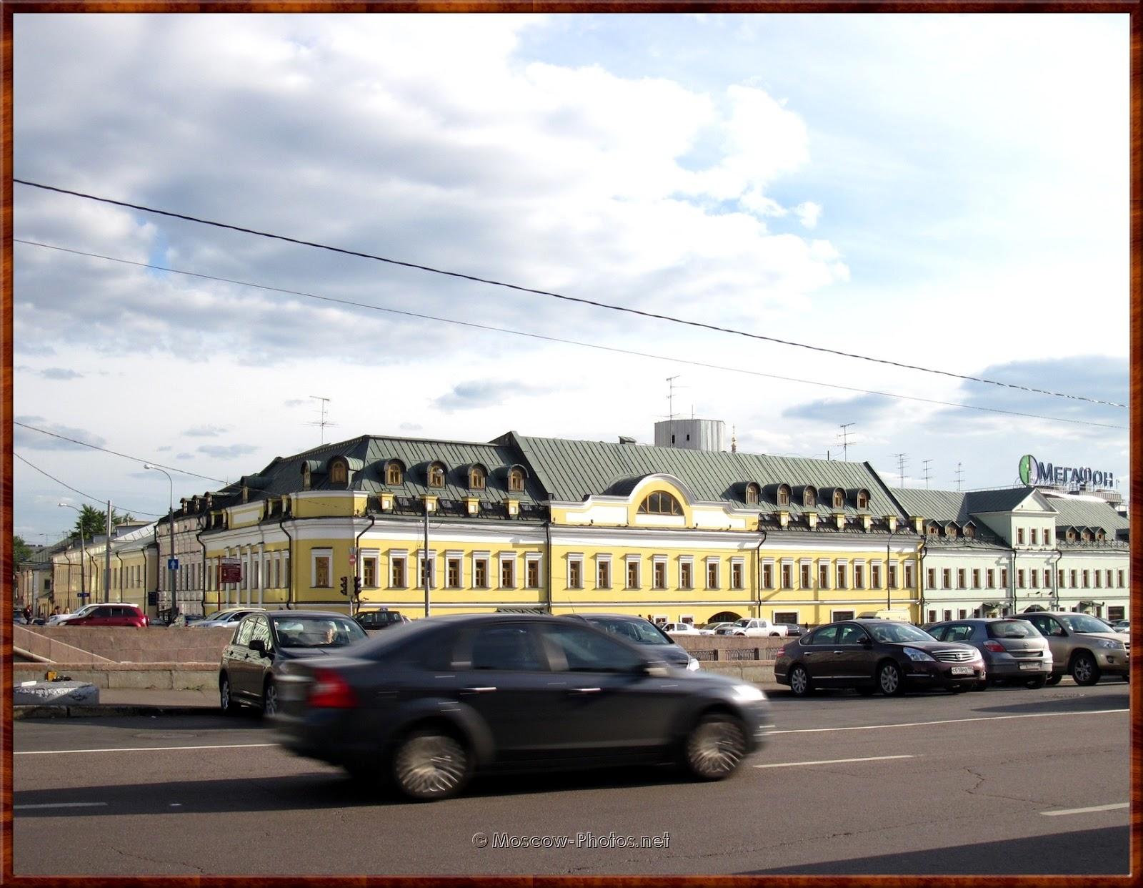 View on Kadashevskaya embankment