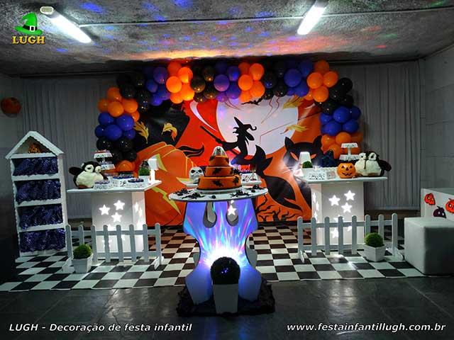 Tema Halloween em decoração provençal para festa de aniversário infantil