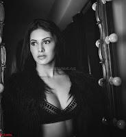 Amyra Dastur Cute Innocnet Beauty pics 018.jpg