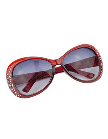 www.shein.com/Summer-Style-Oversized-Red-Sunglasses-p-224395-cat-1770.html?aff_id=2525