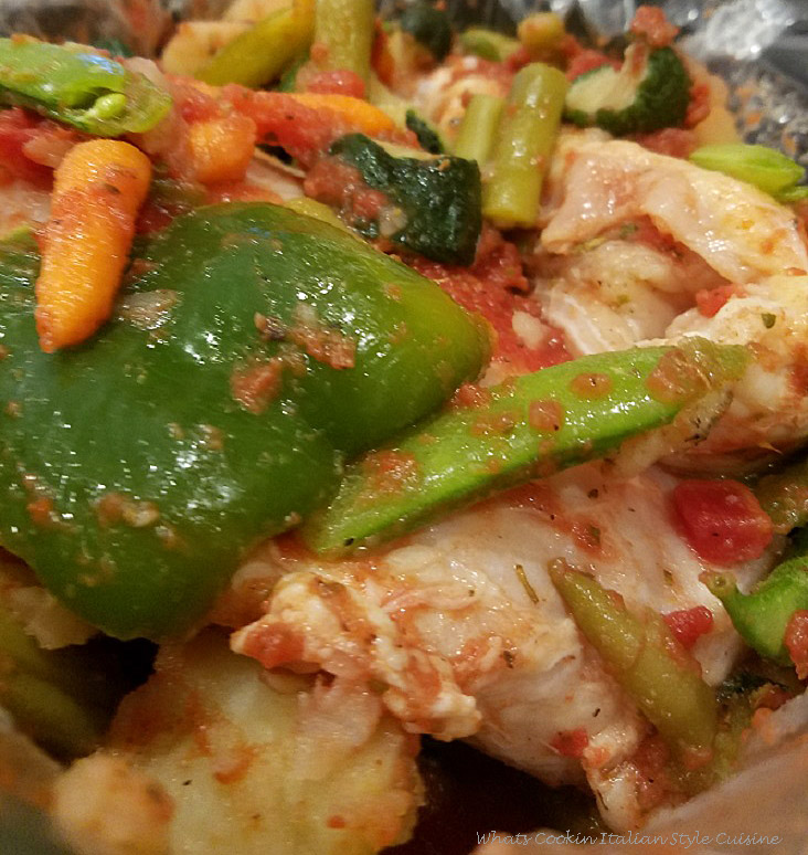 This is how to make a beer stew with chicken, snap peas, carrots, potatoes, zucchini, green beans and in a slow cooker