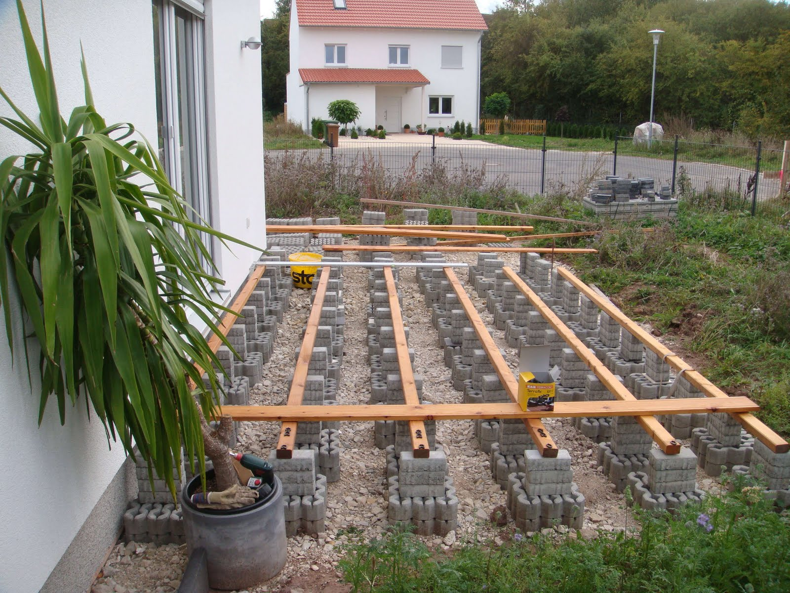 Kleine Terrasse Bauen Terrasse Mit Sichtschutz Teil 1 Moderner
