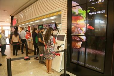 Bob's inaugura a primeira loja 100% digital do Brasil