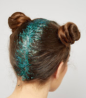http://www.newlook.com/shop/womens/jewellery-and-hair-accessories/2-pack-blue-mermaid-hair-glitter_525961749