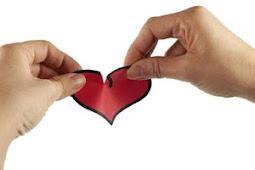 Kegemblungan Sahabat yang Curhat Masalah Cinta