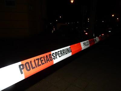 http://www.express.de/duesseldorf/entschaerfung-am-dienstag-fliegerbombe-gefunden---2300-menschen-muessen-wohnungen-raeumen-28131170