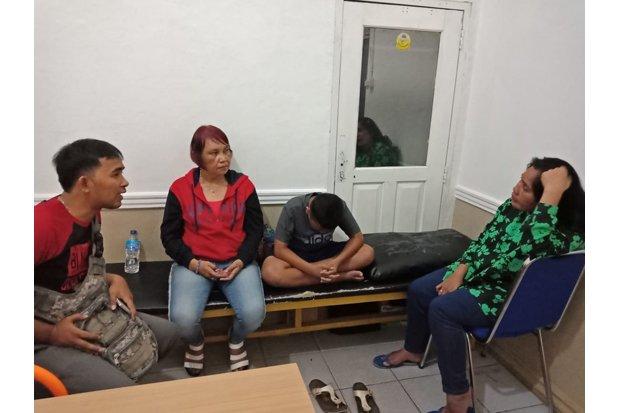 Viral, Dua Wanita Paruh Baya Dipukuli Oknum Polisi karena Mencuri