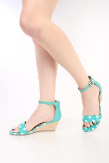 Os sapatos possuem uma série de particularidades quanto os saltos que os compõem isso acaba trazendo