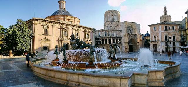 Passeio pelo centro histórico de Valencia