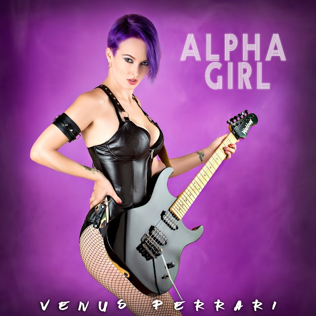 Featured Artist: Venus Ferrari
