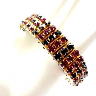 https://www.vintageandhandmadejewels.com/red-black-rhinestone-vintage-1950s-bracelet-22089-p.asp