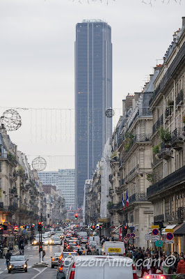 Paris'in en yüksek binalarından Montparnase kulesi