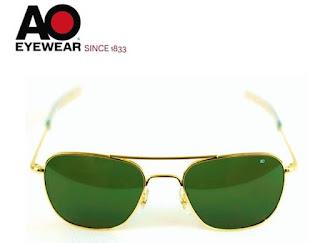 AO Military Original Pilot Aviator Sunglasses (55mm Gold, Green Non-Polarized)