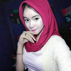 Cerita Dewasa Laras Si Jilbab Yang Hot