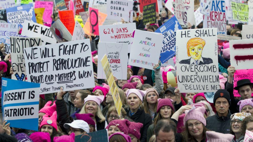 """Sorošas – pagrindinis """"Moterų maršo"""" organizatorius"""