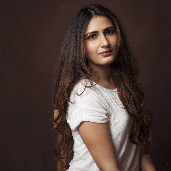 Simran Kaur Mundi Latest Hot Images - Sab Ka Mann
