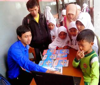 Media Untuk Anak Dengan CD Interaktif